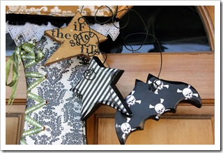 Witches Boot_Stars and bat