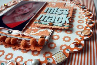Miss Mack_detail