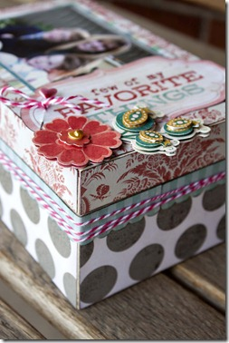 Mothers Treasure Box_right corner